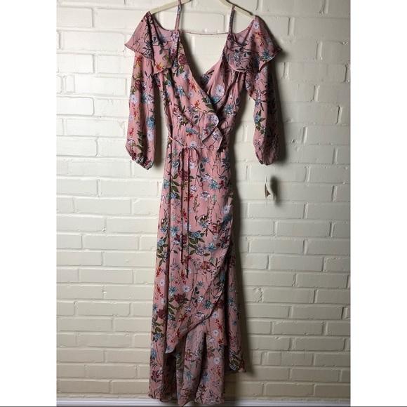 d4ed152637a Gianni Bini Floral Escapade Wrap Dress
